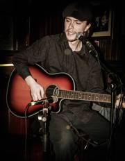 Dublin 4 Guitar Lessons with Professional Musician Rohan Healy